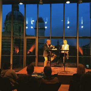 Reinhard Wittmann im Gespräch mit Sarah Elise Bischof